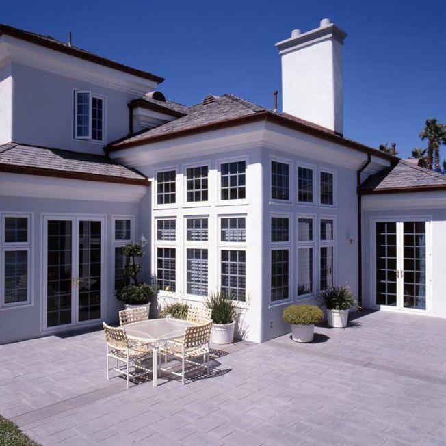 新泰門窗均採用先進工藝與節能材料與技術,更換節能門窗後,可大幅減少電能耗費用。