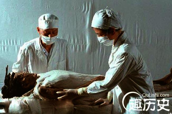 辛追夫人有專屬的醫療科技團隊照顧。  (取材自時光網)
