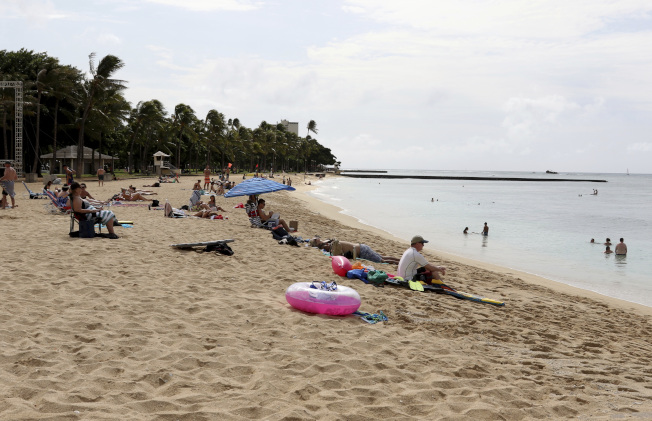 夏威夷從12月1日開始,為了讓遊客和居民對可能的北韓攻擊做好準備,重啟核武攻擊警報演習。(美聯社)