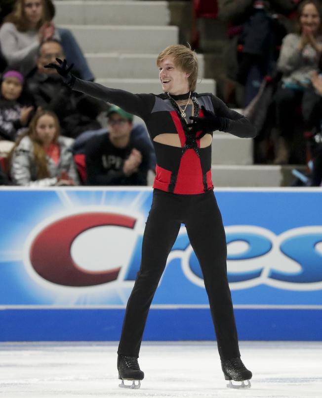 俄羅斯男子花樣滑冰選手弗若諾夫上月在紐約州寧靜湖出賽。(美聯社)