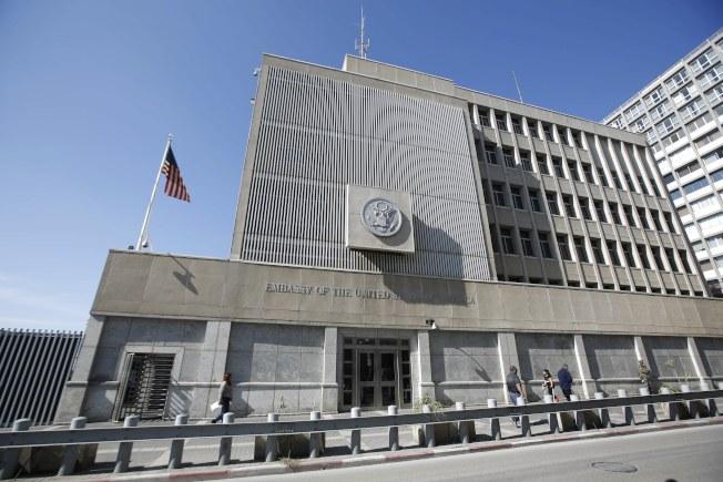 特拉維夫的美國駐以色列大使館。(歐新社)