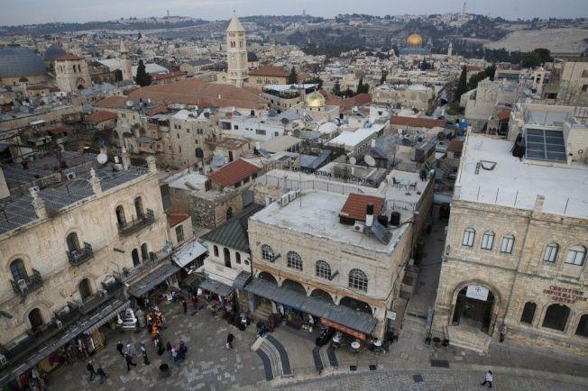 美國總統川普即將承認耶路撒冷為以色列首都,教宗方濟各(Pope Francis)今天強烈呼籲各界尊重耶路撒冷現狀,圖為耶路撒冷舊城。美聯社