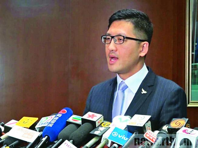 林卓廷批評領展公關人員公然說謊。(取材自香港電台)