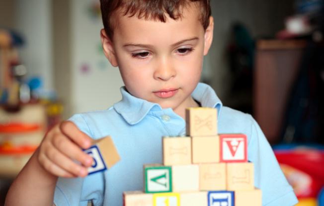 新生兒維他命D過低,大幅提高罹患自閉症的風險。(Getty Images)