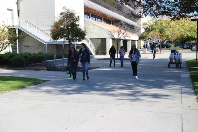 聖荷西州大受訪學生認為讓阿布卡停職是正確的決定。(記者張毓思/攝影)