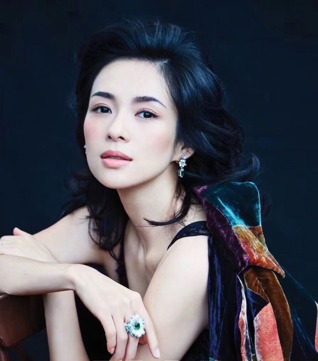 章子怡認為, 演員要挑能夠發揮自己潛力的戲。(取材自微博)