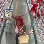 狂噴胡椒偷化妝品 兩女臨加重搶劫罪