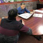 華人外賣郎遭釣魚執法 憂回中返美難入境