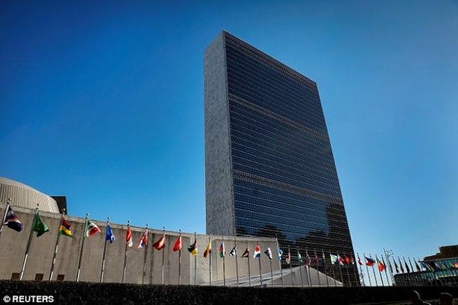 美國25日出手教訓總部設在紐約市的聯合國,刪減對聯合國的預算。(Getty Images)