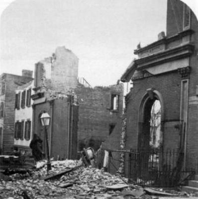 布碌崙戲院大火後的照片。圖取自維基百科