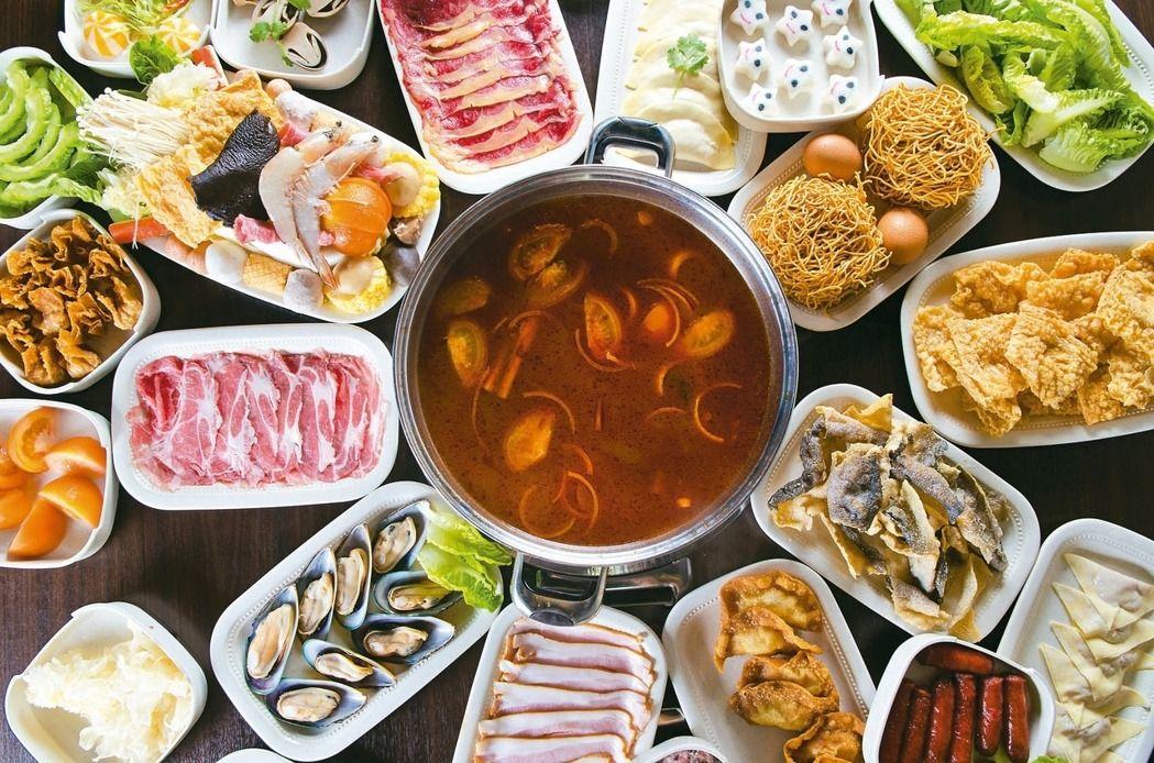 熱騰騰的火鍋大餐,在冷颼颼的冬季最受歡迎。(報系資料照)