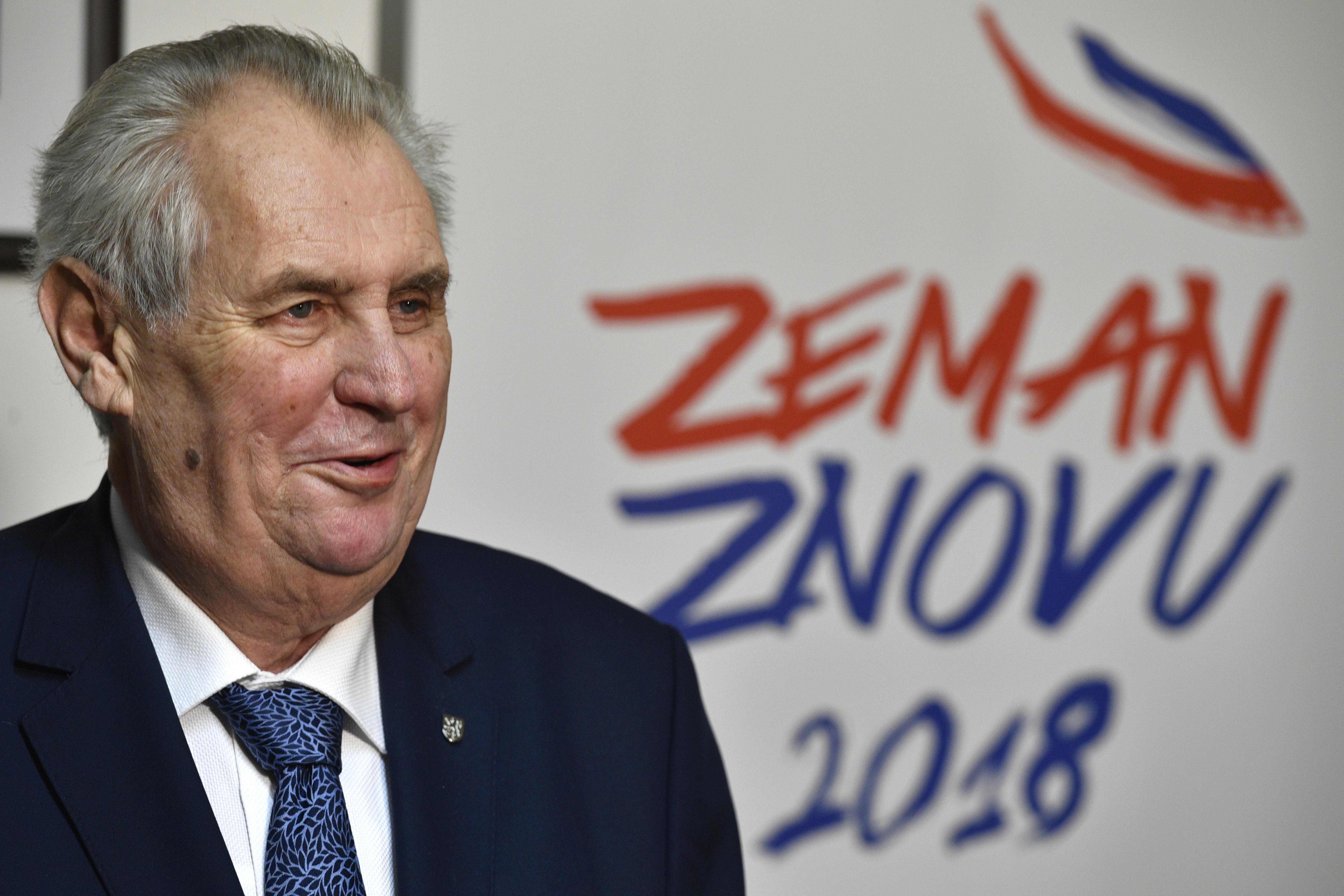 捷克於12和13日舉行總統選舉,親俄羅斯的現任總統齊曼(Milos Zeman)在首輪投票取得領先地位,(美聯社)