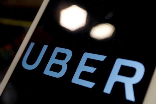 美国亚利桑那州州长杜席26日踩刹车,宣布优步(Uber)自动驾驶车测试计画喊卡。路透