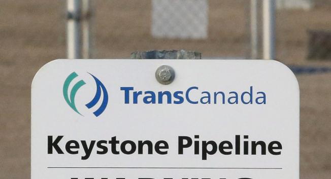 联邦法官9日封杀了从加拿大到墨西哥湾的基石XL(Keystone XL)输油管道建设计画,要求国务院重新进行环保评估。 (美联社)