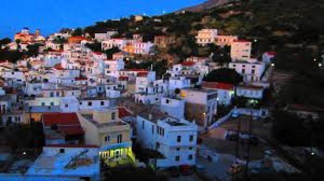 远在爱琴海上的希腊小岛伊卡里亚,几乎看不到阿兹海默症、失智症或其他老年疾病。 (取材自YouTube)