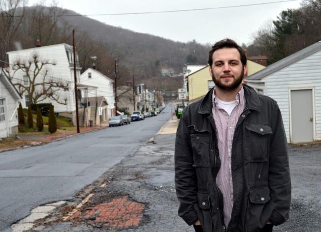 温兹2016年2月在碳山镇拍下的档案照。 (美联社)