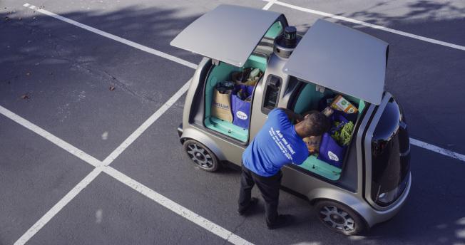 Kroger与矽谷自驾车新创公司Nuro合作自驾车宅配服务。美联社