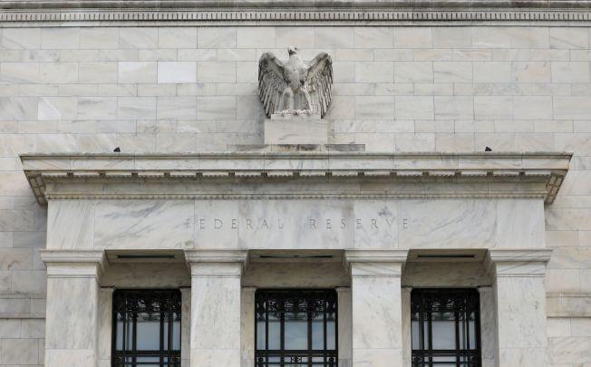 Fed这次声明将全球经济和金融状况纳入考量:「会继续监控全球经济和金融发展,并评估对经济前景的影响」。路透