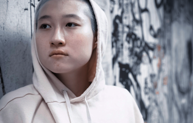 成龙(●图,取材自微博)睽违16年出新专辑,填词献歌给亲友,却再漏小龙女(●图,取材自Instagram)。