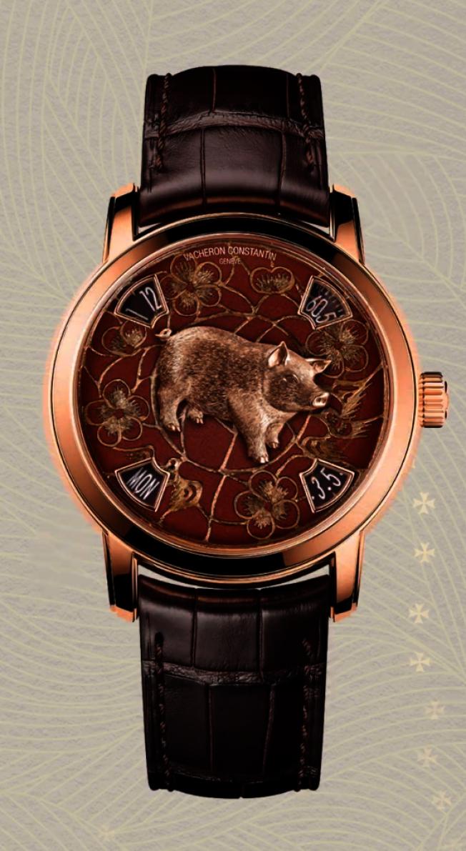 江诗丹顿推出铂金材质和18K玫瑰金材质的限量手表,面盘上的猪图案以金雕刻成。 (取材自微博)