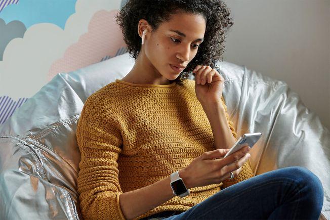 苹果本周发表第二代无线耳机AirPods,成为热门讨论话题。欧新社