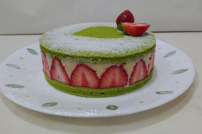 抹茶草莓卡士达蛋糕。 (图:陈今珍提供)