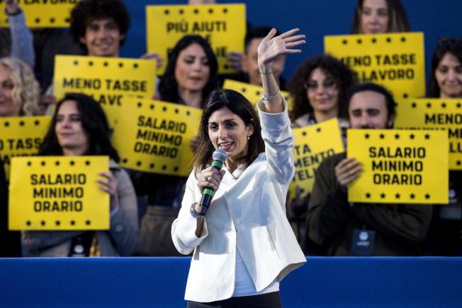义大利罗马市长拉吉24日在欧洲议会选举的场子卖力辅选。 (欧新社)