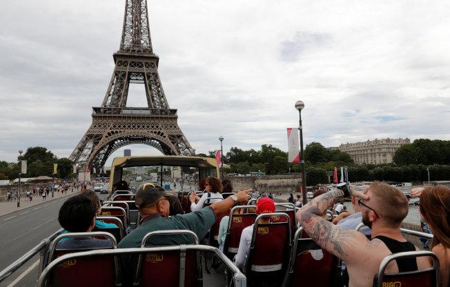 艾菲尔铁塔,每年吸引超过700万人前来朝圣。 (路透资料照片)