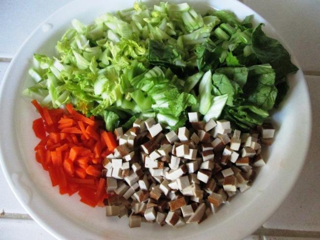 小芥菜炒豆干材料
