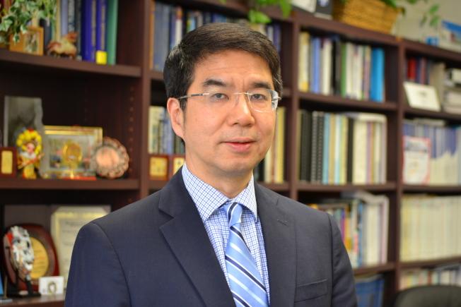 洛杉磯加大電腦科學系主任、同時也是中國北京大學與洛加大的工程科學聯合研究所主任叢京生獲選2017年美國國家工程學院院士。(洛加大提供)
