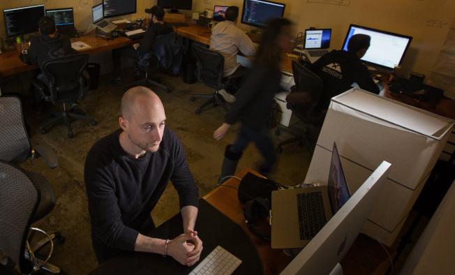 數據處理或電腦工程師工作,目前最為吃香。(美聯社)