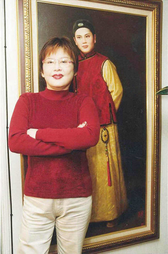 陳麗麗2001年演出大愛戲劇「再愛一次」,扮演慈濟師姐。(圖:大愛提供)