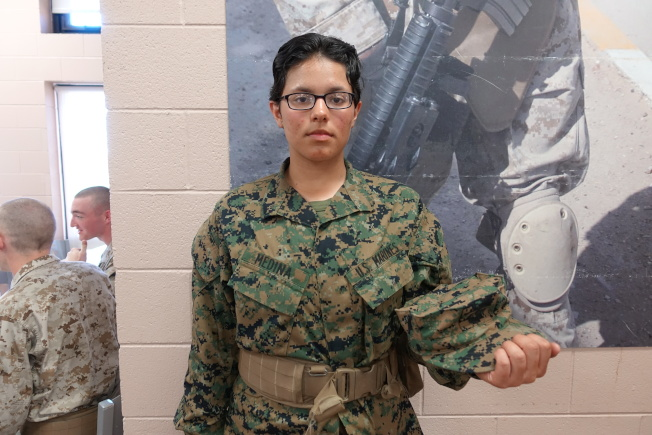Tayla Marie Medina是英姿颯爽的女兵。(記者金春香/攝影)