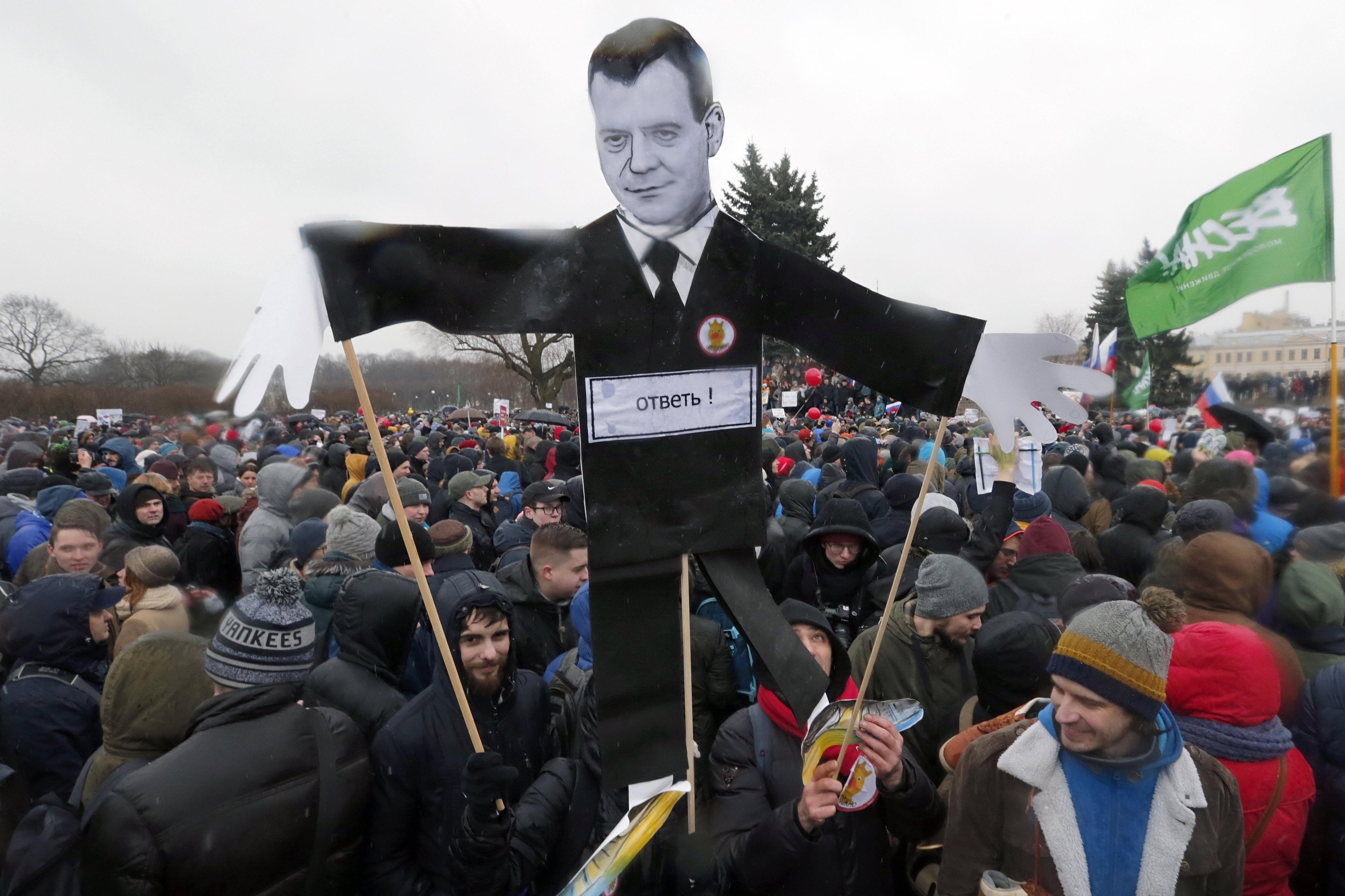 Attualmente proteste diretto dritto al primo ministro Maiweidefu, chiedendogli di dimettersi. (Novosti europea)