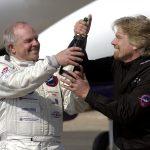 2005年3月3日:冒險家佛賽特創記錄