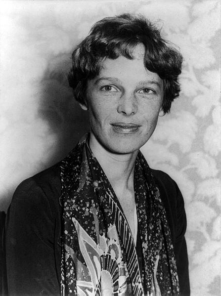 美國女飛行冒險家艾梅莉亞‧厄哈特。文:許振輝/圖:美聯社、USAF、國會圖書館
