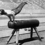 1896年4月9日:第一屆奧運會 德國選手鞍馬獲金牌