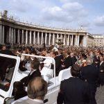 2005年4月2日:教宗若望保祿二世逝世