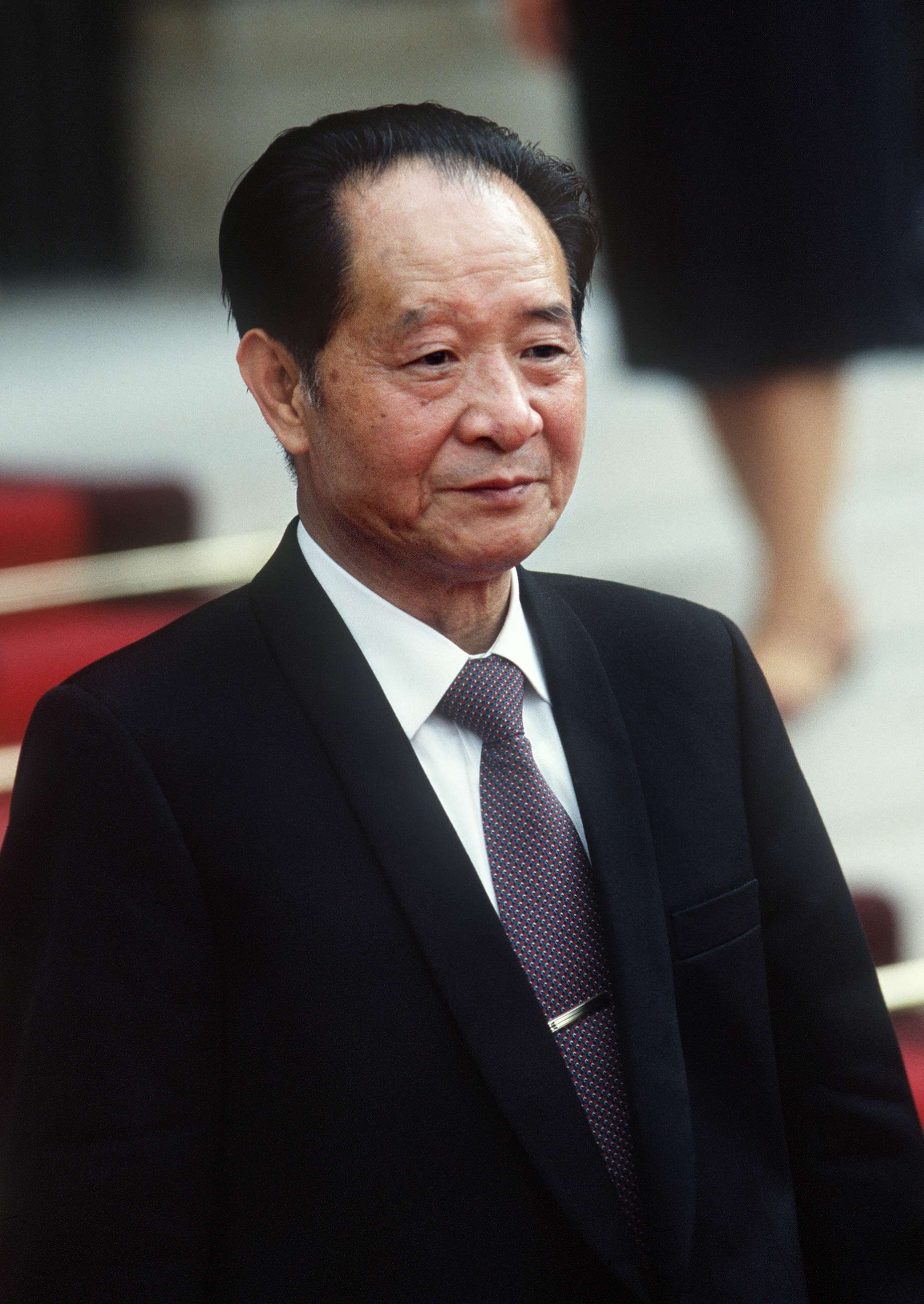 胡耀邦1986年6月16日訪問法國,在巴黎舉行記者會。(Getty Images)