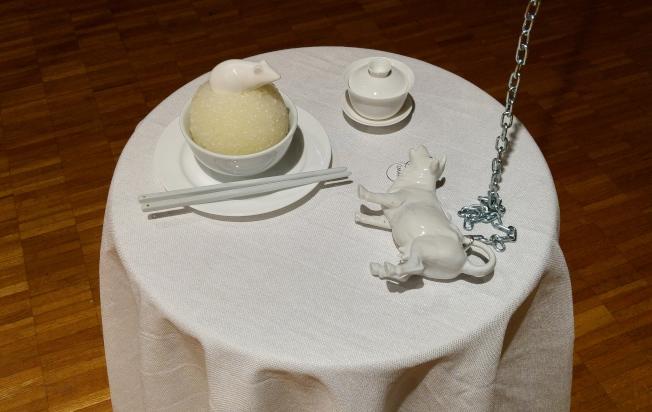 吳子雲即日起在印大藝術館推出個展,圖為展出作品之一。(記者王冠棠/攝影)