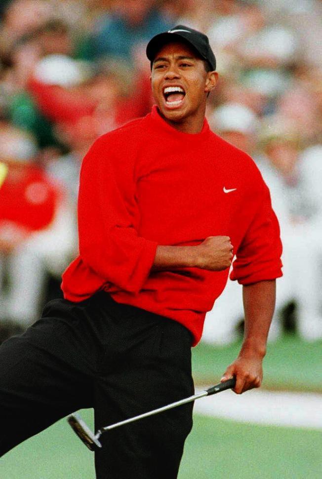 3.伍茲 1997年四月在奧古斯塔高爾夫俱樂部參加名人賽。(Getty Images)