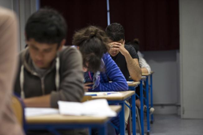 聯邦機構逮捕了涉嫌多次當槍手,替中國留學生參加托福考試(TOEFL)的五名華人。圖為示意圖。(Getty Images)