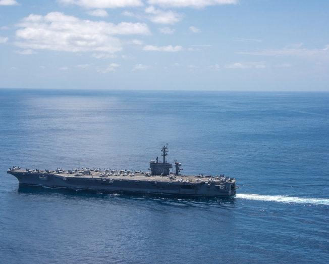 美航母「卡爾文森號」目前加速由印度洋駛向太平洋。(路透)