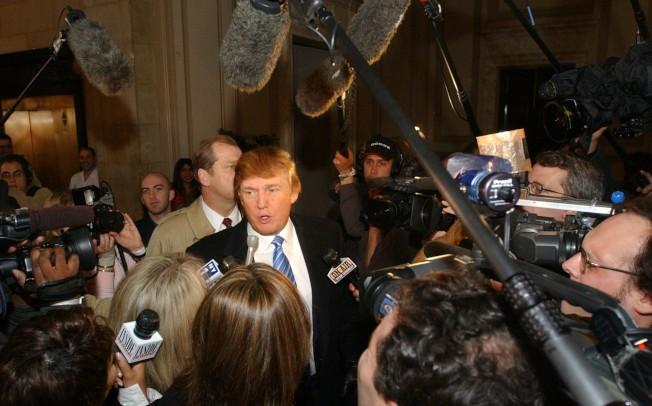 川普於2004年接受採訪,談到實境秀「誰是接班人」。(美聯社)