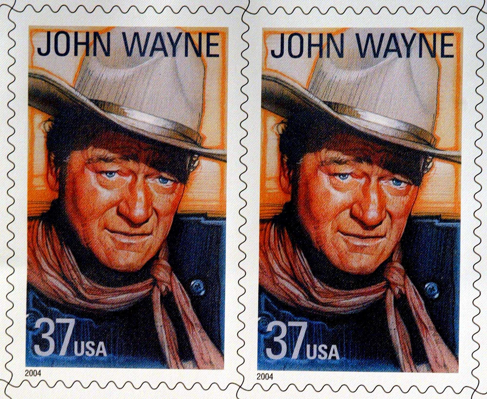 2004年4月3日,美國發行了約翰·韋恩的紀念郵票。(美聯社)