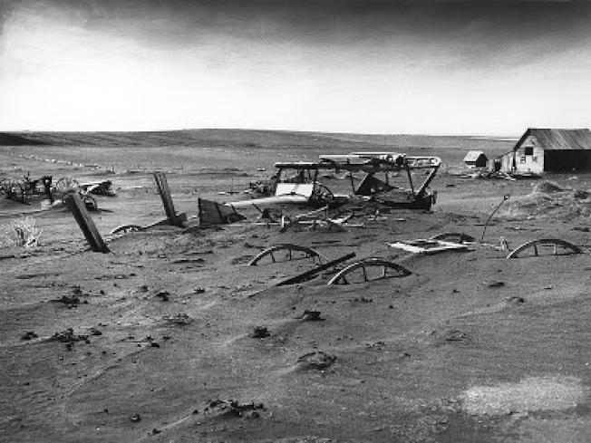 沙塵暴災後,1936年南達科他州一處廢棄的農場 。(美聯社)