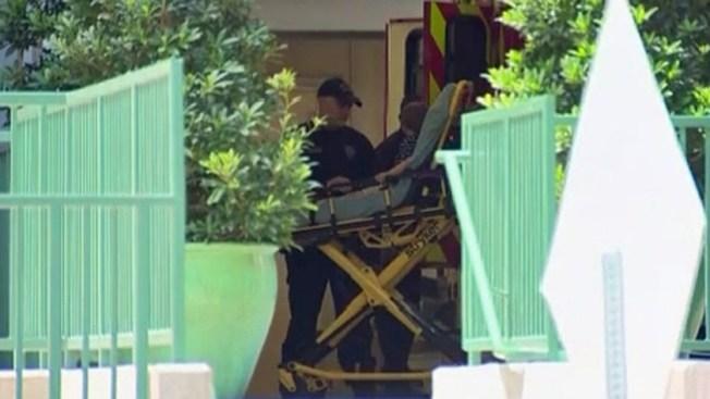 休士頓Memorial區域一所教會學校16日上午發生一起實驗閃焰(Flash fire)意外,造成12名三至四歲孩童受傷。據校方人員表示,引發意外的實驗當下有老師於一旁監督並且於戶外進行。消防人員正在調查意外發生的原因,以釐清相關責任。