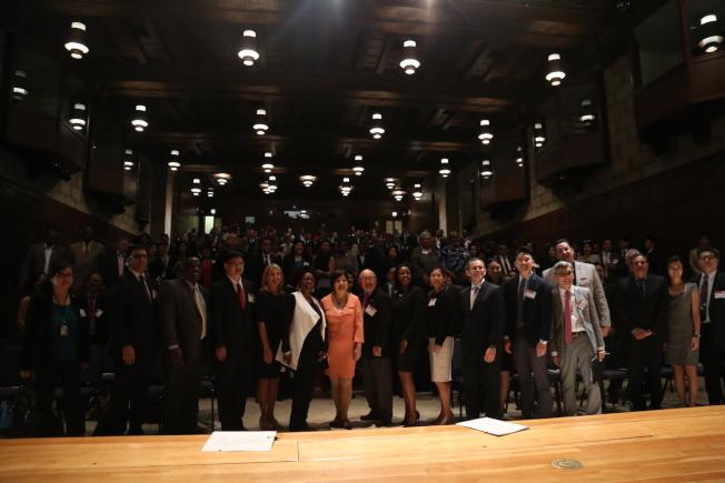 全美亞太裔總商會(ACE)再度攜手聯邦商務部少數族裔發展局,在華府舉行第二屆全國亞太裔商業峰會。數百企業家出席分享經驗、拓展與政府業務。(記者羅曉媛/攝影)