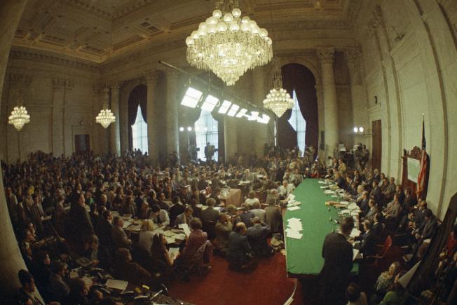 1973年5月18日「水門案」調查委員會首次進行聽證會。(美聯社)