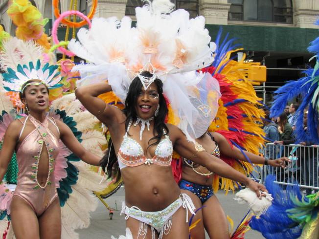 來自其他文化的舞蹈也相當精彩。(記者顏嘉瑩/攝影)